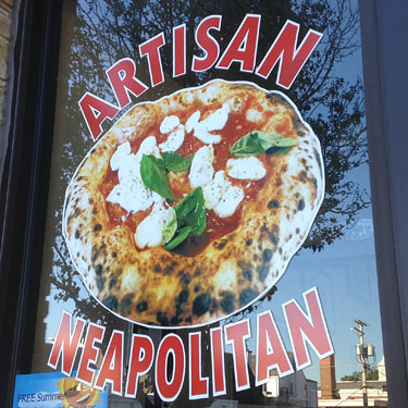 Neapolitan Pizza at Panino's